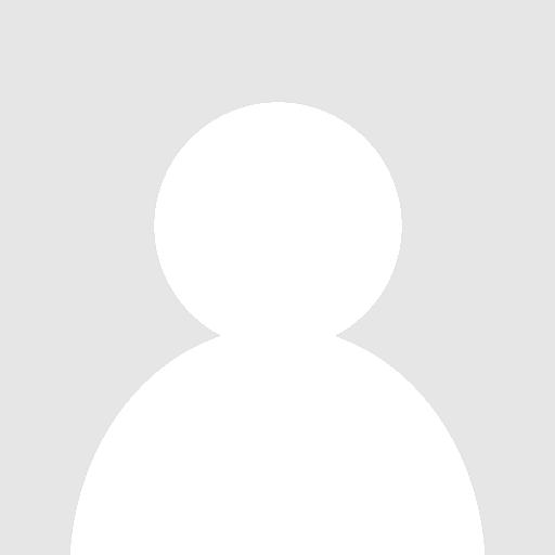 Miss Claudia Medina